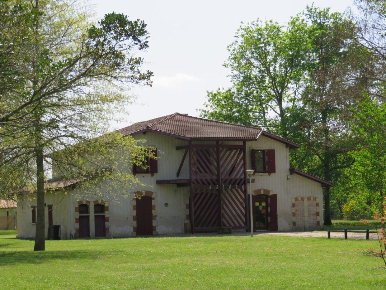 centre Lapios